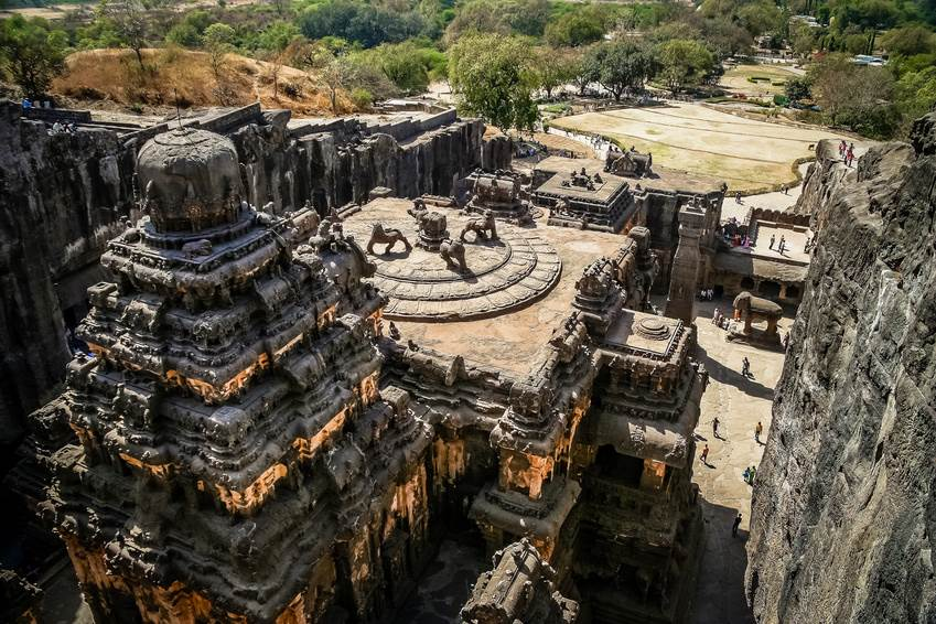 Die Jain-Tempel in der Ellora Höhle