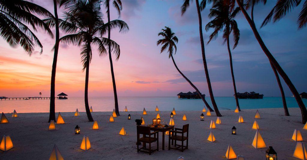 Ein romantisches Abendessen im Gili Lankanfushi auf den Malediven (North Malé Atoll)
